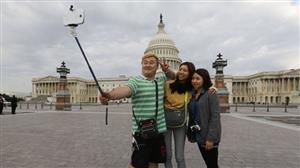 Il bastone selfie invade il mondo