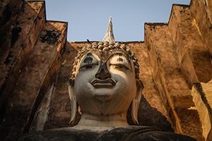 Il buddha ci guarda dall'alto - Sukothai